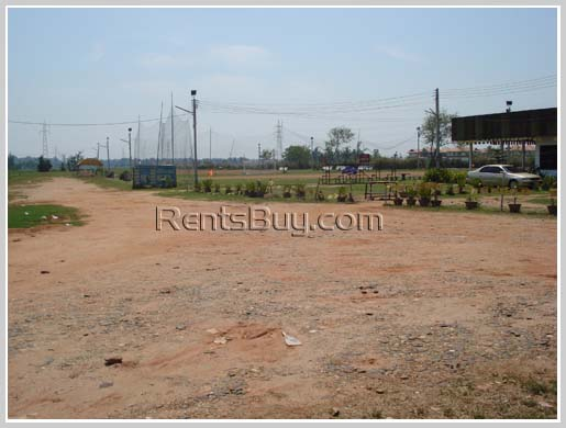 ID: 1474 - Vacant surfaced land ready for construction by main road