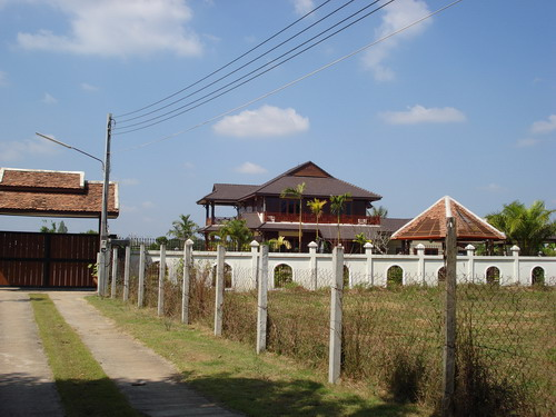 Lao style house in quiet area