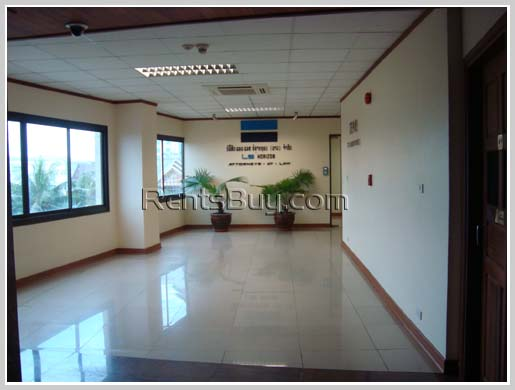 ID: 640 - Brand new office space for rent