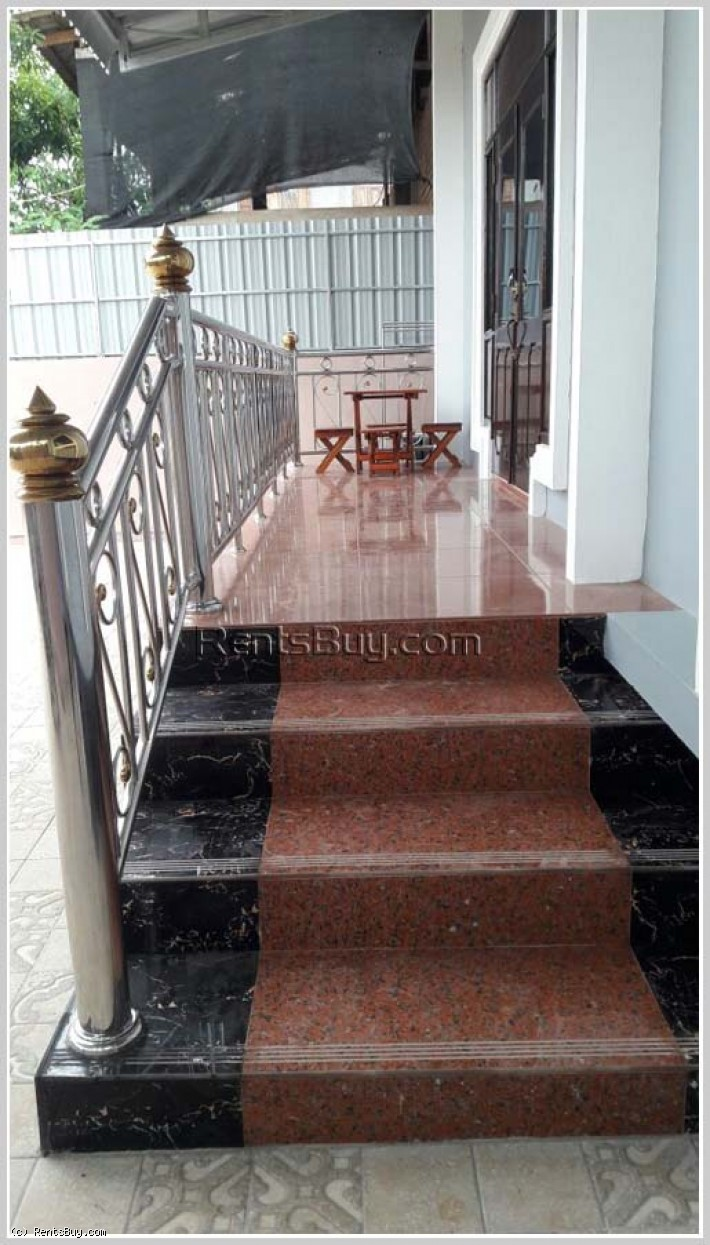 ID: 3757 - Affordable villa with fully furnished and near National University of Laos for rent