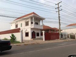 ID: 3800 - The modern house near main road for rent near Phontong Chommany market