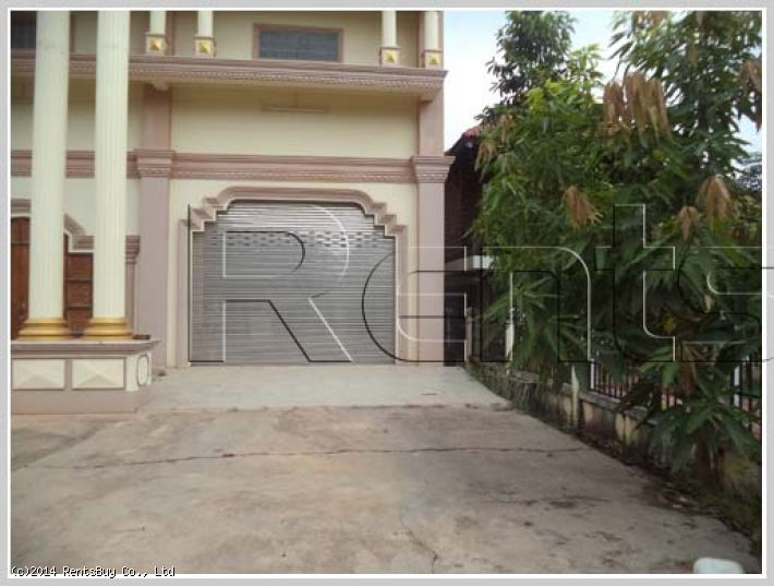 ID: 2628 - Luxury house with fully furnished by main road