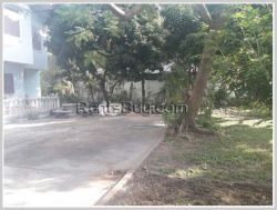 ID: 3402 -Pleasant big house with fully furnished in Phonthan area for rent.