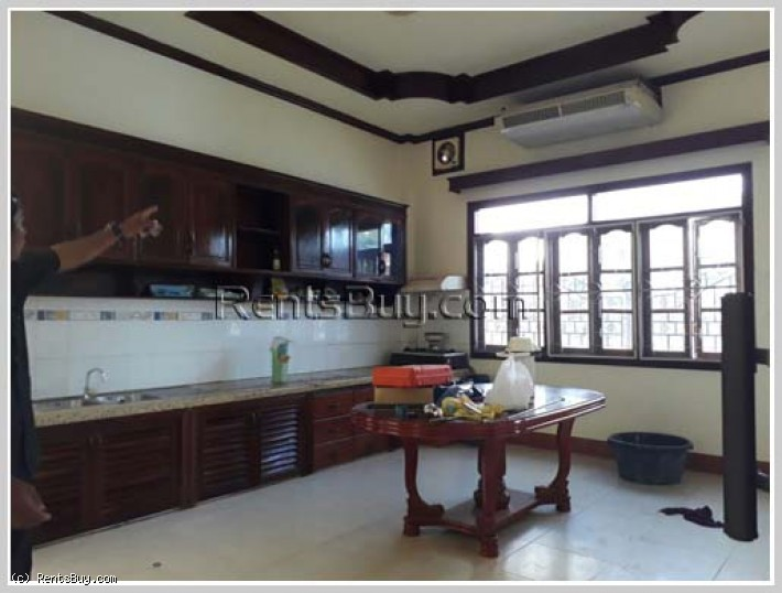 ID: 3734 - A lovely villa near M-point mart (Phonthan) with full furnished for rent