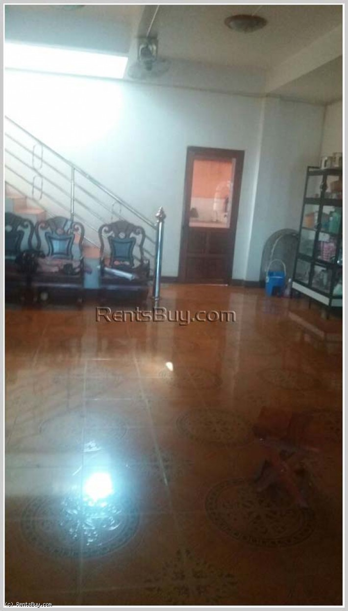ID: 4052 - 5 bedrooms house with low rental near Huakua Market by pave road in Saysettha district