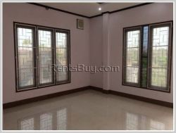 ID: 3960 - Modern house with fully furnished near Angkham hotel for rent