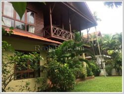 ID: 3241 - Lao style house with large garden and near Mekong River for rent