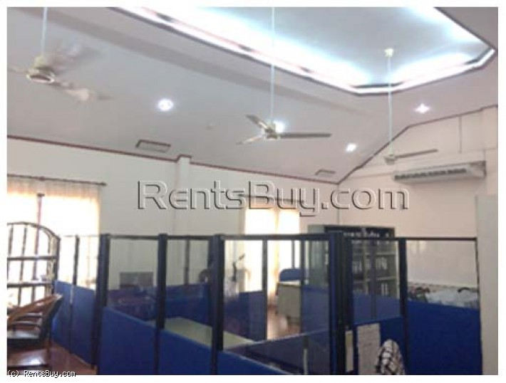 ID: 3377 - Share office space for rent near Sengdara fitness