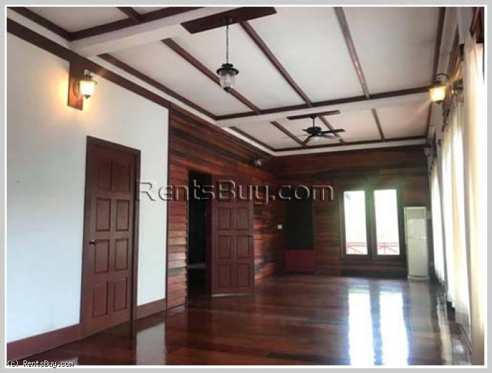 ID: 4284 - Lao style house with large yard by rice paddy field for rent in diplomatic area