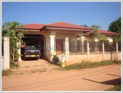 ID: 3293- Nice villa with fully furnished near Law school for rent