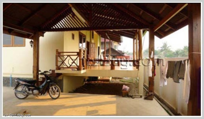 ID: 2814 - Fully furnished Lao style house in quiet area