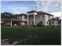 ID: 3712 - Newly built house near Setthathirath Hospital for rent