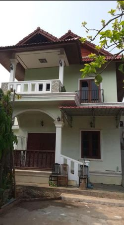 ID: 4545- Pretty house near Suanmone market for rent