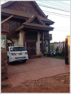 ID: 3414 - A mixture of Lao and modern style design house for sale near Nongtha paradise land.