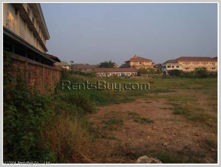 ID: 1191 - Large vacant land for sale in town near Patuxai