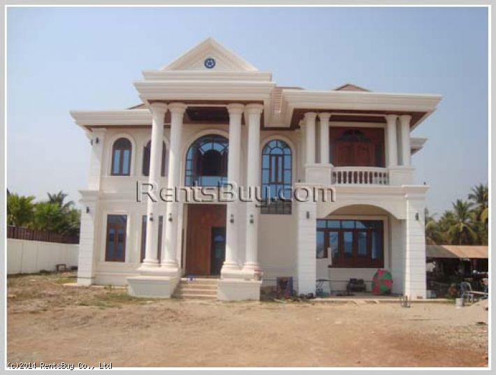 ID: 36 -New Luxury house not far from Patuxay