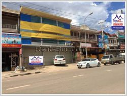 ID: 4120 - Big shop house near Thongkankham and main road for rent
