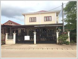 ID: 3781 - The nice shop house near Wattay Airport for rent