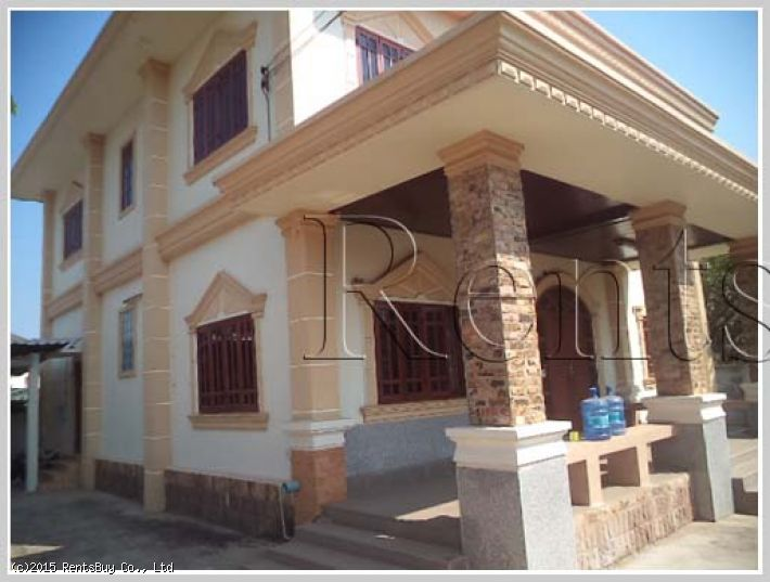 ID: 2722 Shop house for rent in quite area near fresh market and school