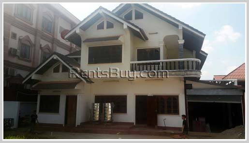 House-for-rent-Chanthabouly-Vientiane-Lao20170220_8624