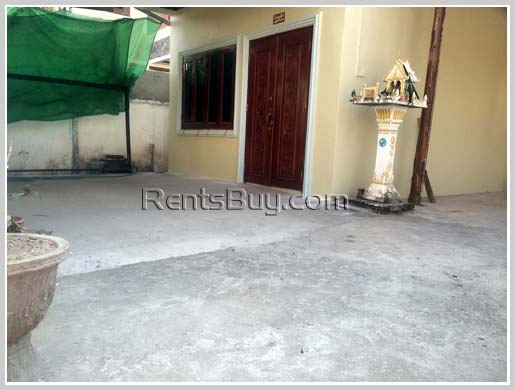 House-for-rent-Sikhottabong-Vientiane-Lao20170223_8864